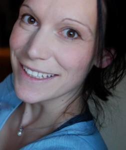 portrait claudia farbig